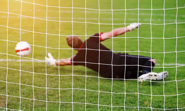Goalkeeper Missing Ball